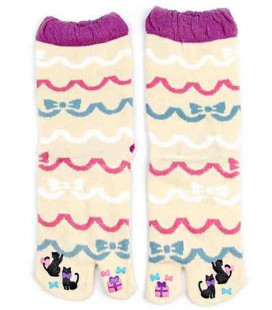 "Flip flop socks for women ""Tabi"" – Kurochiku (Kyoto) – Ribbon Model – one size 23-25 cm"